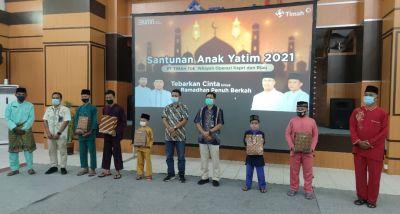 PT. Timah Santuni 120 Anak Yatim di Kundur